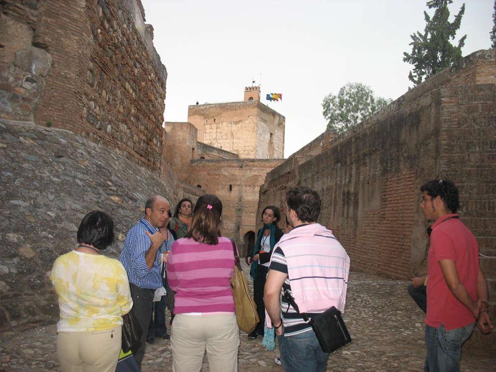 Visitas guiadas por especialistas: 30 años de difusión en la Alhambra