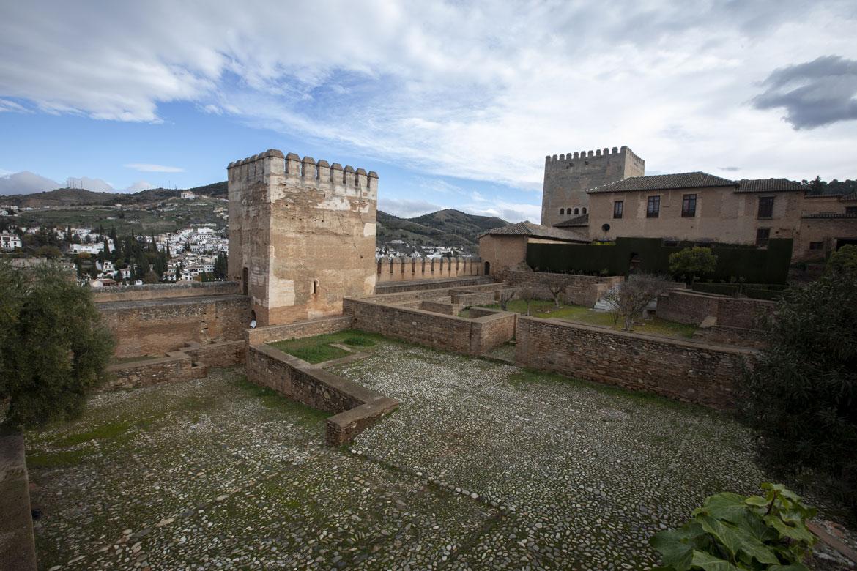 La Alhambra licita las obras para la instalación de un colector de recogida de aguas pluviales
