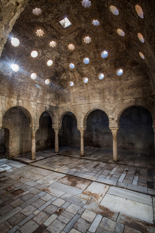 La Alhambra organiza talleres gratuitos de astronomía y fotografía para disfrutar en familia