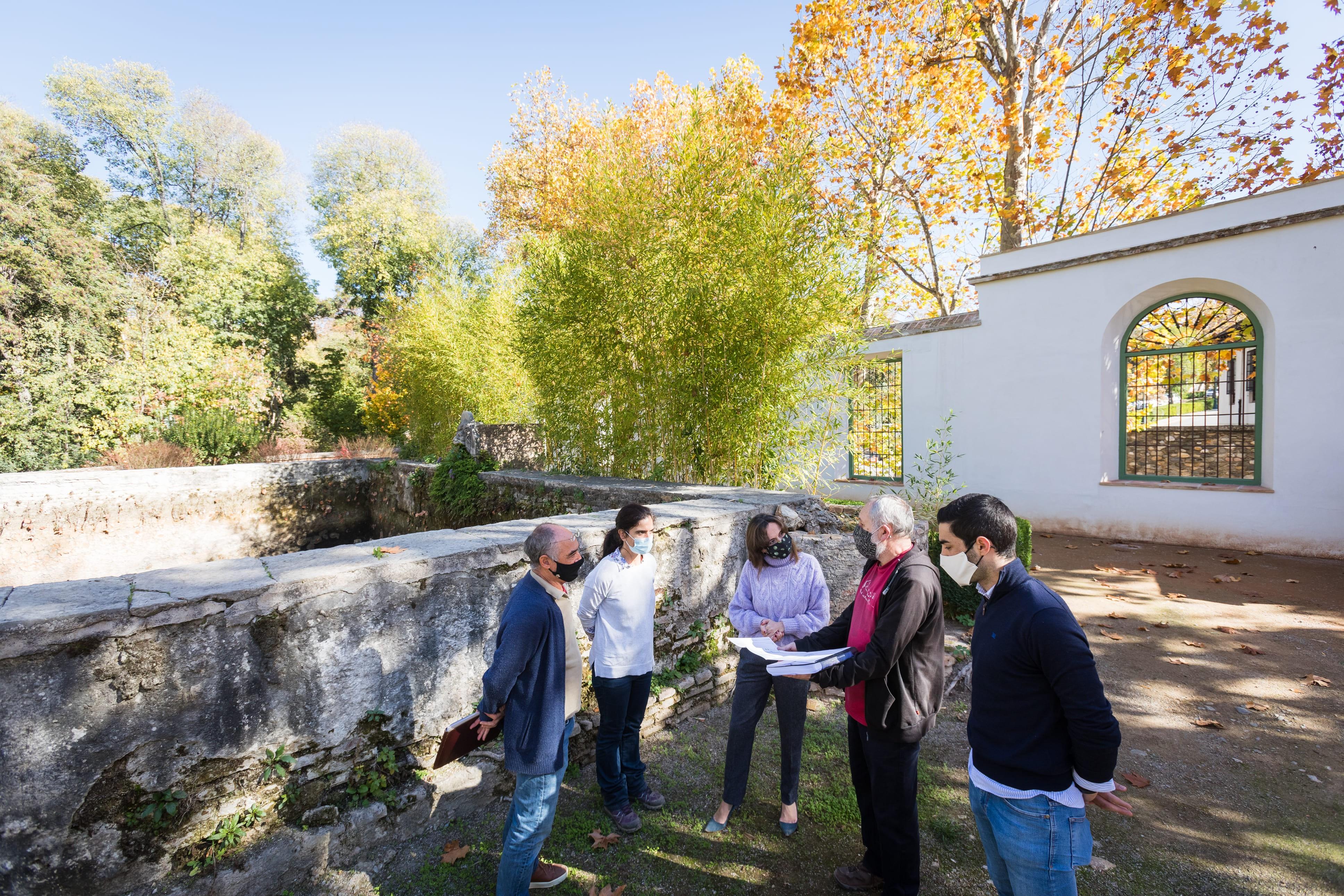 La Alhambra inicia las obras de restauración del albercón del Carmen de Peñapartida