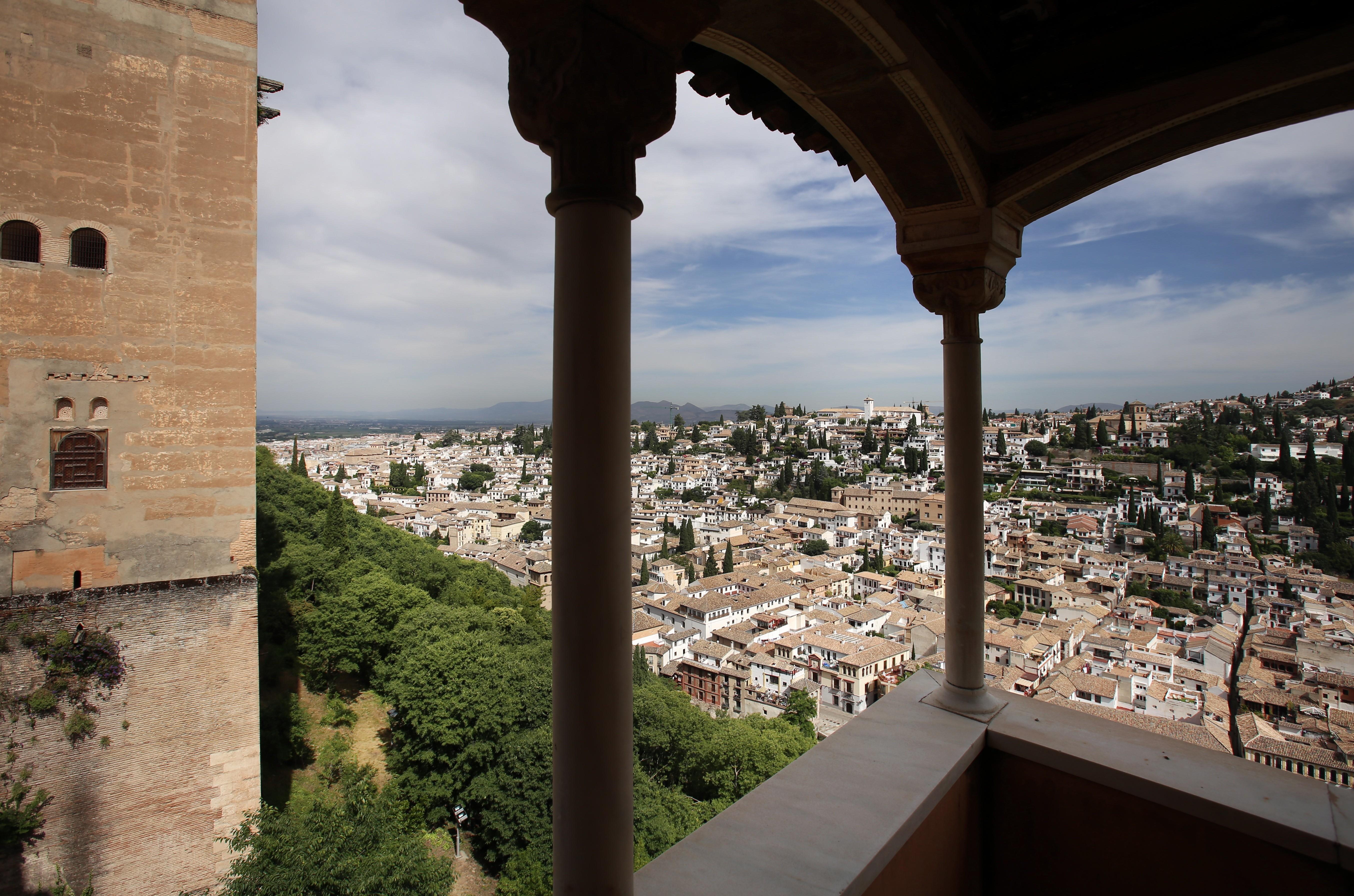 Cuadernos de la Alhambra en formato digital: una ventana abierta al conocimiento