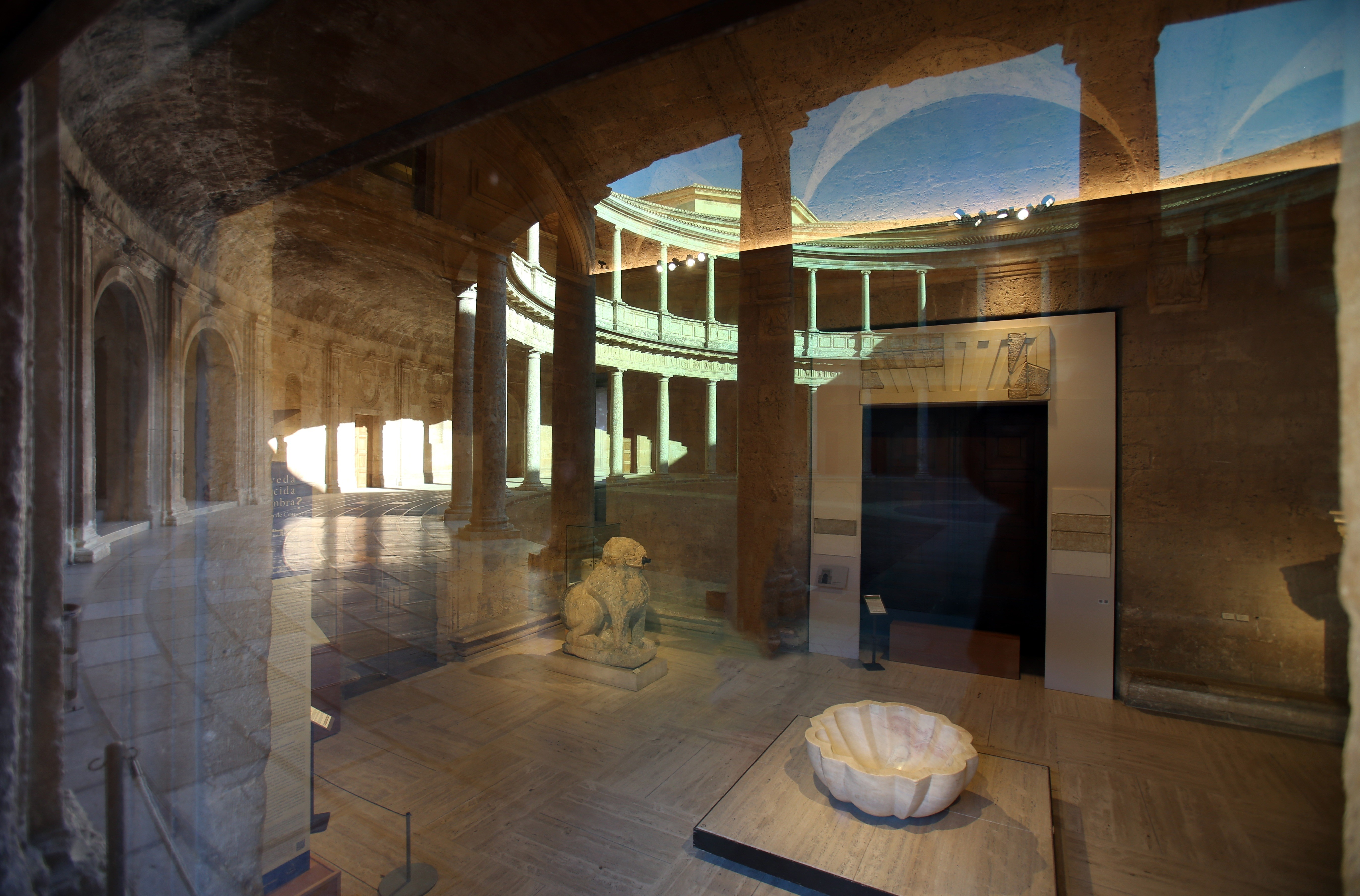 La Alhambra ofrece un programa especial de visitas para familias durante la Navidad