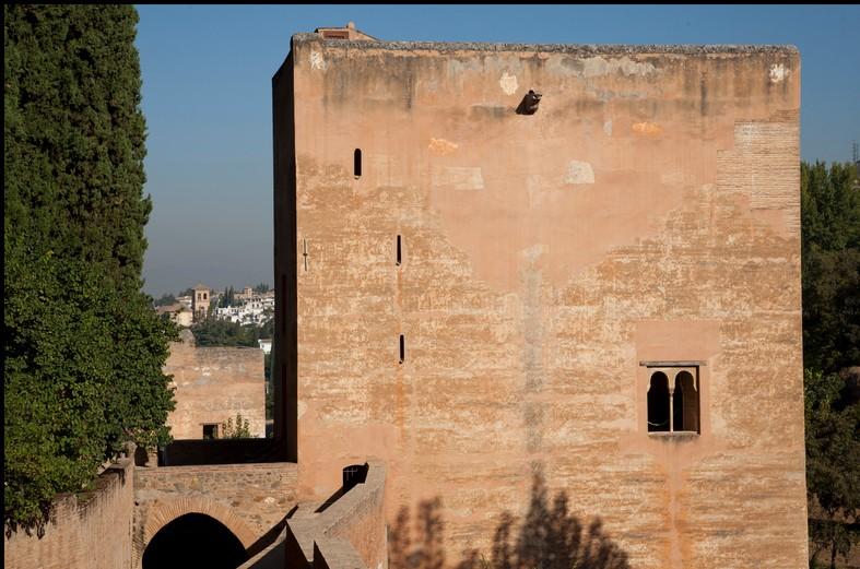 Vista exterior de la Torre de la Cautiva. Fotografía: Pepe Marín