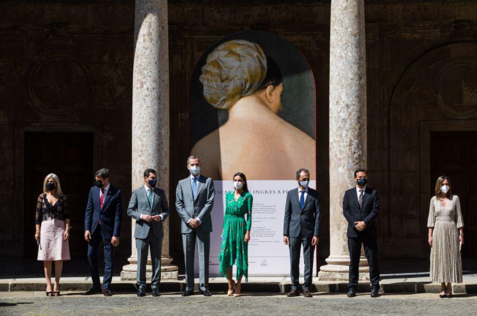 Los Reyes inauguran en la Alhambra una muestra sobre la creación del mito de la odalisca